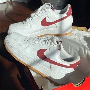 Air Force 1 Low 'Team Red Gum'